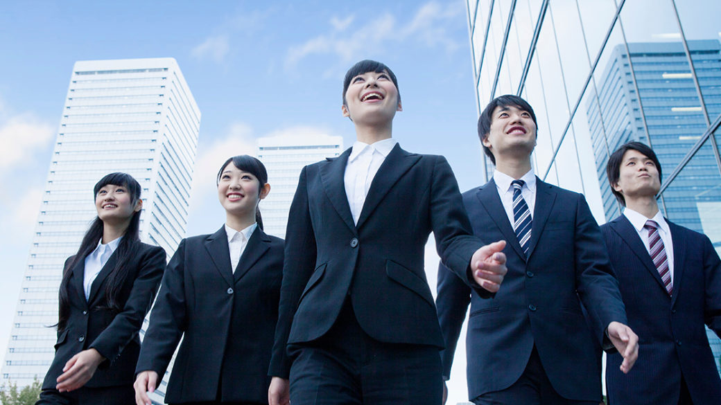 How will my immigration status impact my plans to start and run my own company in Japan?